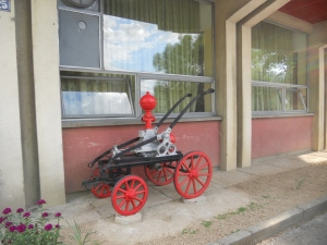Stara pumpa ispred Vatrogasnog doma